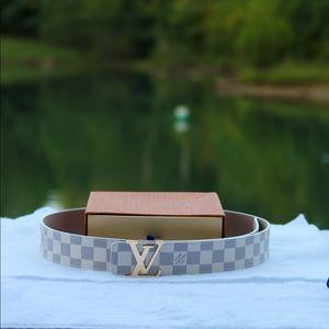 Brand new! Louis Vuitton Azur Damier Belt